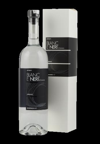 Linea Grappe Blanc e Neri da Vinacce Uve Nere Domenis